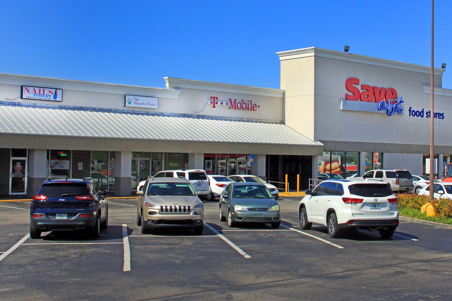Lake Lucina Shopping Plaza Merril Road Jacksonville Florida