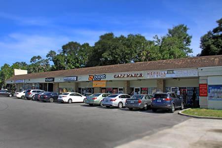 Red Oak Shopping Plaza